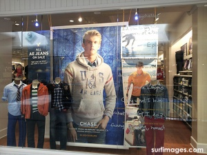 american-eagle-chase-wilson-window-display